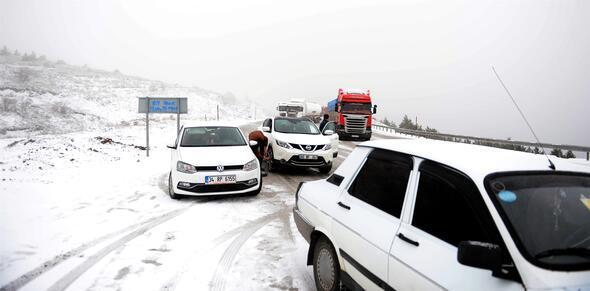 Tokat-Sivas kara yolunda ulaşımda aksama