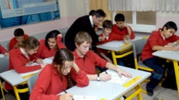 Sözleşmeli öğretmene atama nedeniyle yolluk verilecek