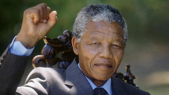 Mandelanın ölümü dünyayı yasa boğdu
