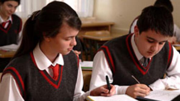 Okullarda insan hakları eğitimi önerisi