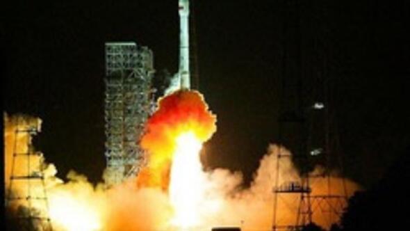 Yerli keşif uydusu Göktürk 2 uzaya fırlatıldı