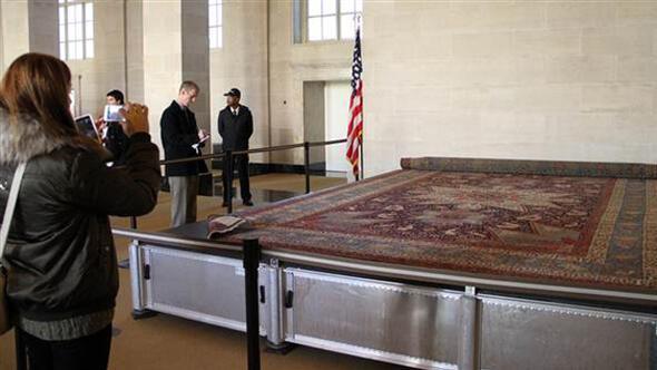 Soykırım halısı Beyaz Sarayda sergileniyor