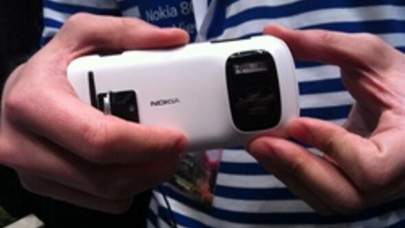 Nokiadan 41 megapiksel kameralı telefon