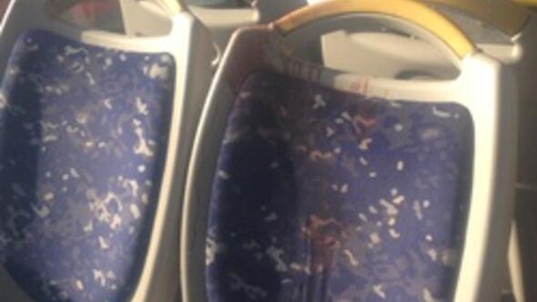 Kışladan çıkan kurşun otobüsteki yolcuyu yaraladı
