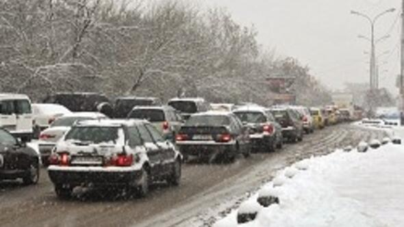 Atatürk Havalimanı'na yakın oteller karla rekor kırdı
