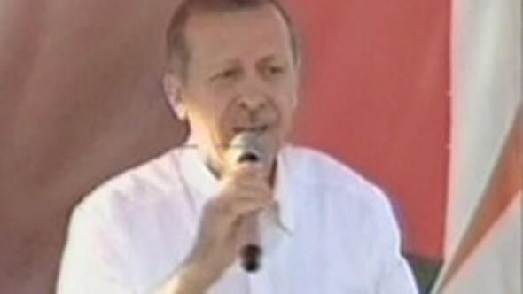 Başbakan Recep Tayyip Erdoğan: Osmanlı bayrağı da açabilirsiniz