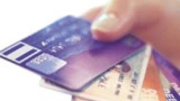 Hangi banka ne kadar kart ücreti alıyor