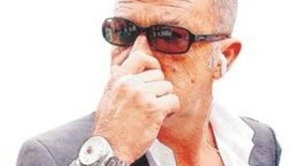 Ertugrul Ozkok: Look carefully at Turkeys Fatih Terim in this photo