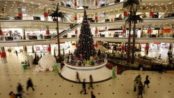 Photo Ed: Christians celebrate Christmas in Istanbul