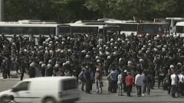 Polis çekildi, Gezi Parkına giriş serbest