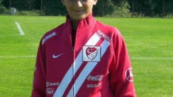 Barcelona 14 yaşındaki Türkü kaptı