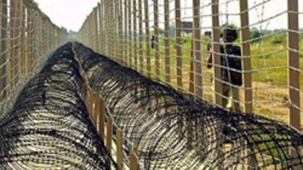 Yunanistan Meriçe sınır muhafızı yığıyor