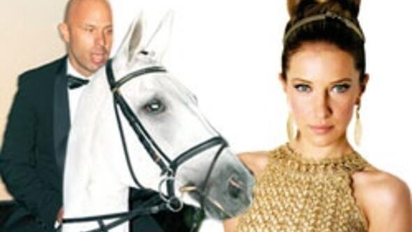 Burcu'nun beyaz atlı prensi