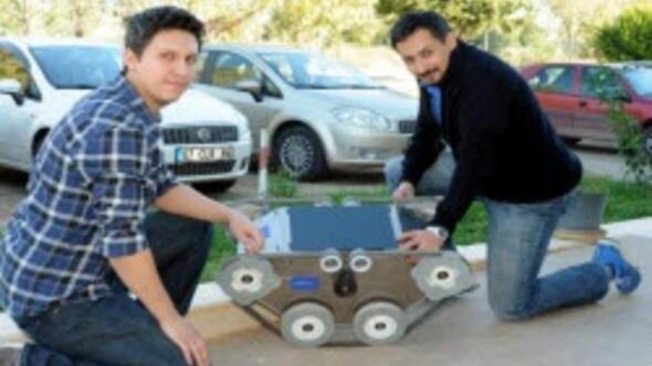 Mayın arama ve bomba imha robotu ürettiler