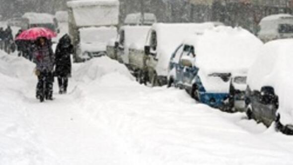 Meteorolojiden 4 uyarı... İstanbulda bugün kar var, yarın hava ısınıyor