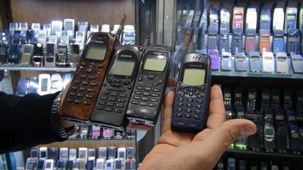 1000i aşkın çalışır haldeki eski telefonu topladı