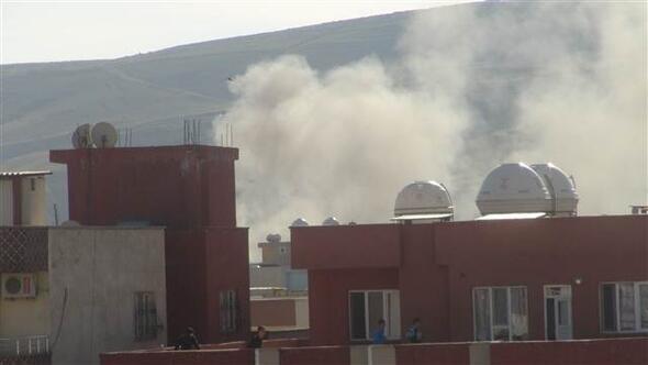 Cizrede 9 PKKlı öldürüldü, teröristler kaçarken bir binayı ateşe verdi