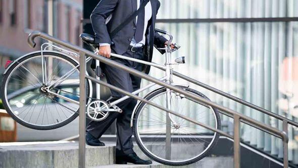 Belediye, işe bisikletle gidene para ödeyecek