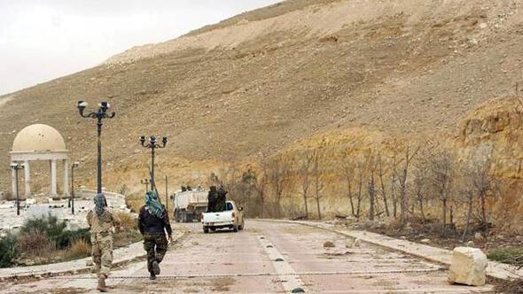 Suriyede Rus subayı öldürüldü