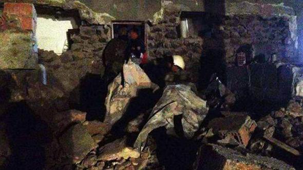 PKK, Diyarbakır'da karakola bomba yüklü araçla saldırdı