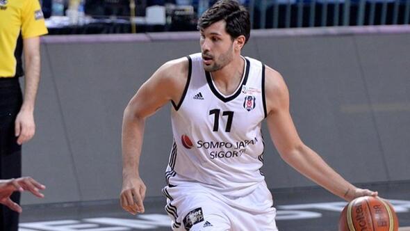 Beşiktaşta Cenk Akyol şoku