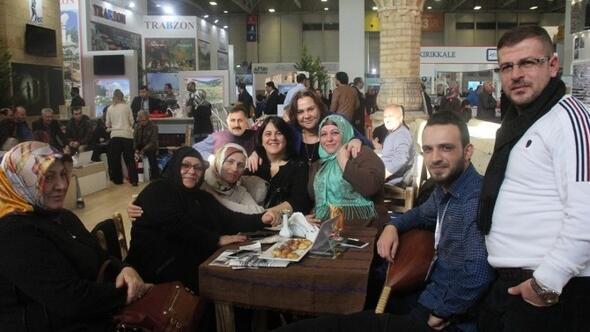 Bakan Ahmet Arslan, Robot Sanbotla Tartıştı 73