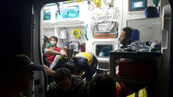 Elyaf fabrikasında yangın: 5 işçi dumandan etkilendi