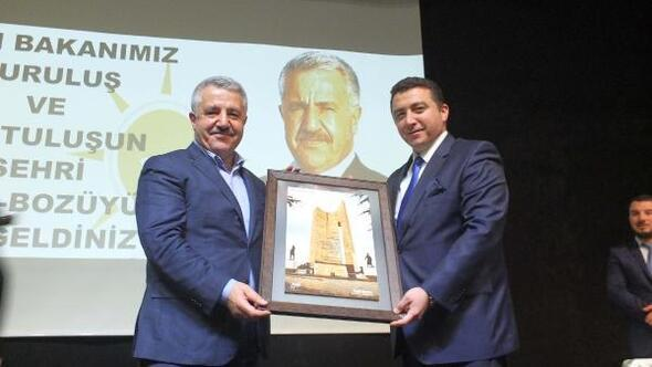 Bakan Arslan: Yüksek Hızlı Treni bizzat kendimiz yapacağız (2)