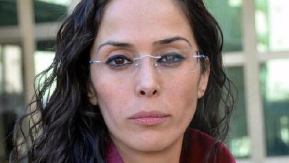 Yolda yakaladıkları kadını zorla sikiyorlar  Türk porno