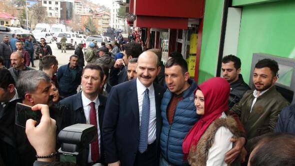 İçişleri Bakanı Soylu, Tuncelide esnaf ziyareti yaptı