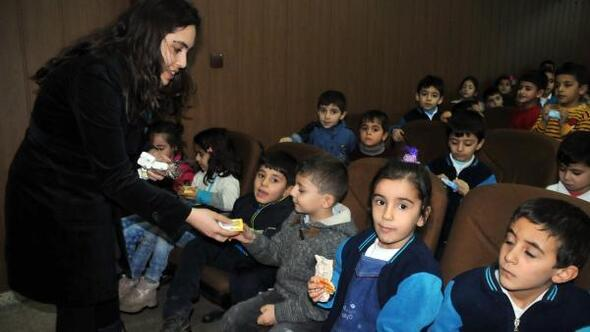 Yüksekovada öğrencilere hijyen ve beslenme semineri