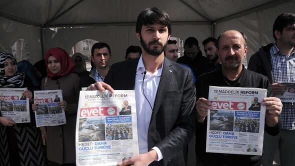 AK Partili gençlerden Kılıçdaroğluna Evet gazetesi