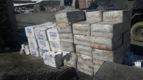 Hakkaride 40 bin paket kaçak sigara ele geçirildi