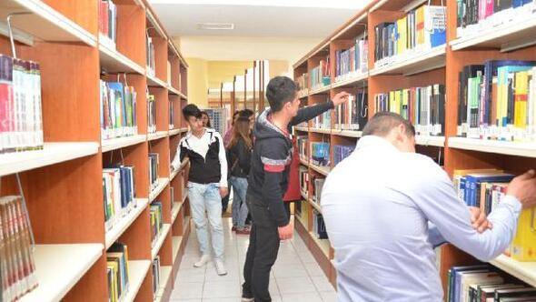 Liselilerden üniversiteye ziyaret