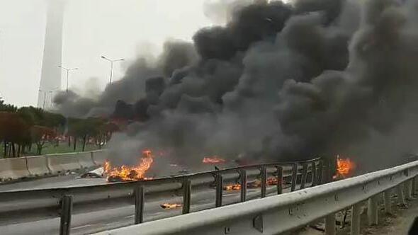 Son dakika: İstanbul Büyükçekmecede helikopter düştü.. İşte ilk görüntüler