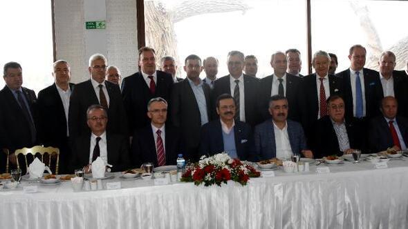 Bakan Ağbal, Kapıkulede TIR şoförlerinin şikayetlerini dinledi (2)