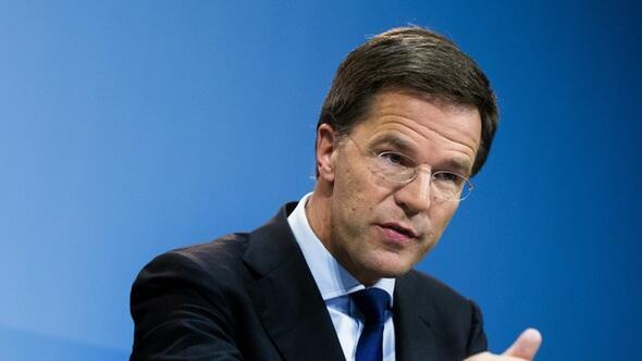Hollanda Başbakanı Rutte, Türkiyenin özür talebini reddetti: Deli misin
