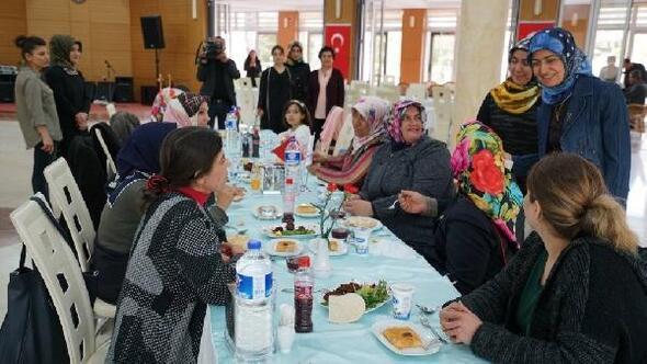 TOGEM'li kursiyerlere 'kadınlar günü' etkinliği