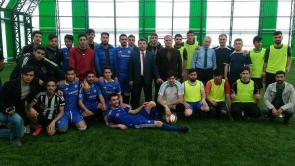 Adilcevaz'da KYK halı saha futbol turnuvası sona erdi