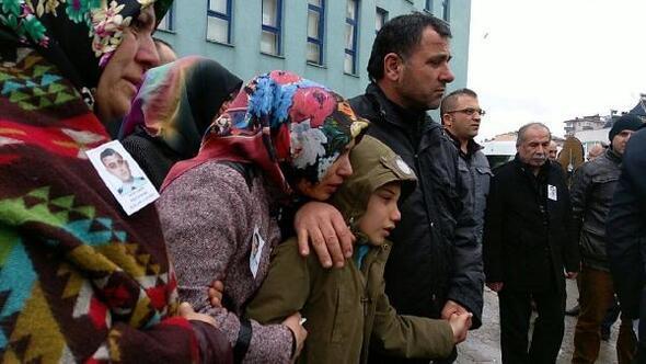 Sinop'ta polis memurunun kullandığı otomobil kaza yaptı: 1 ölü, 5 yaralı (2)