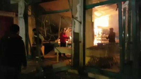 Diyarbakırda markete el yapımı patlayıcılı saldırı - Fotoğraflar