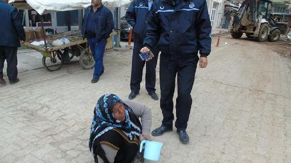 Zabıta ekipleri dilenciyi taksiyle evine gönderdi
