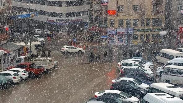 Elazığda yoğun kar yağışı