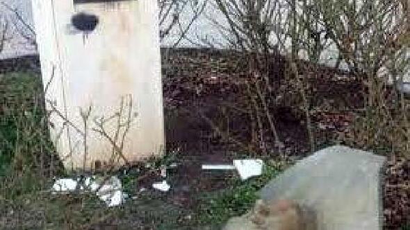 Diyarbakırda Ahmet Arifin büstüne saldırı