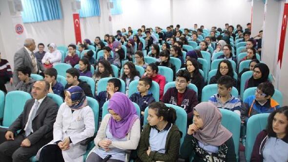 Fen Lisesinde Gençlik ve Güvenli Gelecek semineri