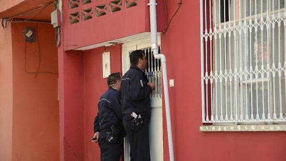 Kendine zarar veren genci, itfaiye merdiveniyle eve giren polis ikna etti