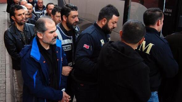 FETÖ'den gözaltına alınan 22 polis memuru adliyeye gönderildi
