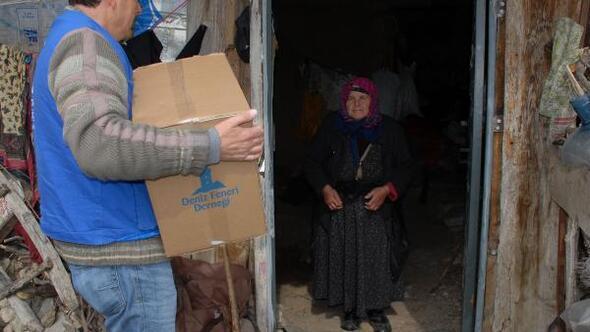 Deniz Feneri Derneğinden yoksul ailelere yardım