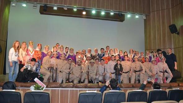 Terme'de Çanakkale Zaferi için Lirik Dans gösterisi
