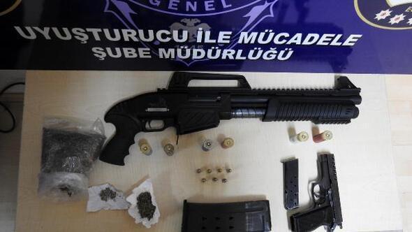 Edirne'de uyuşturucu satıcılarına operasyon: 3 tutuklama